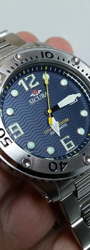 medium_128120956-fs-sicura-300m-diver-75-shipped